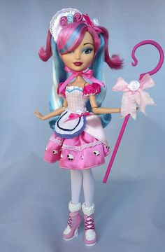 An adorable custom Little (Lily) Bo Peep doll from Ever After High Ever After High, Monster High Repaint, Monster High Dolls, Pretty Dolls, Beautiful Dolls, Lilly Doll, Ever After Dolls, Little Bo Peep, Disney