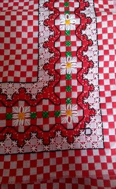 Bordado em tecido xadrez - Barrado de Canto/Amostra (Detalhes sobre o bordado... Visitar)