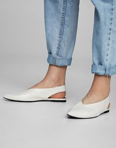Sapato ponta folgada - Ver tudo - Sapatos - Mulher - PULL&BEAR Portugal