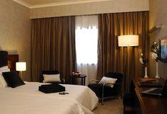 iluminação de um quarto no hotel Olissippo