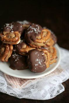 Salted Chocolate Peanut Butter Pretzel Bites