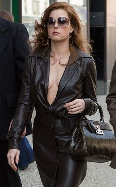 American Hustle Amy Adams Jacket is exclusively Sale available at our Online Store fitjackets! American Hustle Amy Adams, American Hustle Fashion, Actress Amy Adams, Leder Outfits, Drop Dead Gorgeous, Celebs, Celebrities, Costume Design, Beautiful Actresses