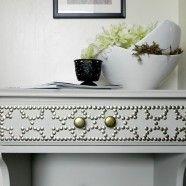 Tutorial:  Nailhead Side Table