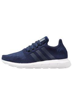 adidas Originals SWIFT RUN - Joggesko - collegiate navy/footwear white - Zalando. Adidas Originals, The Originals, Swift, Adidas Sneakers, Footwear, Running, Navy, Shoes, Fashion