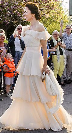 A Danish Royal Family blog posted by a Danish Royalist!  If there is anything on your heart, shoot...