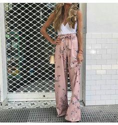 3,147 отметок «Нравится», 18 комментариев — @fashionstyles4love в Instagram: «Flower  power   unknown   For shopping link in my bio       @fashionstyles2me   …»