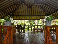 Mahinui Na Lani - Hawaii Venues - Outdoor tropical reception space for summer weddings