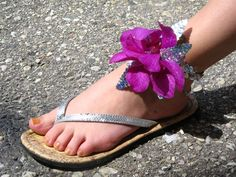 Fresh flower anklet!
