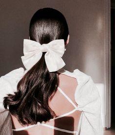 Ribbon Hairstyle, Girl Hair Colors, Bandeau, Bridal Hair Accessories, Hair Inspo, Hair Goals, Girl Hairstyles, Hair Clips, Curly Hair Styles