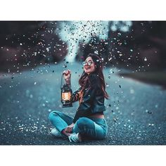 Find images and videos about sdmnxoxo and brandon woelfel on We Heart It - the app to get lost in what you love. Portrait Photography Poses, Photography Poses Women, Girl Photography Poses, Artistic Photography, Creative Photography, Amazing Photography, Night Photography, Colour Photography, Shooting Photo