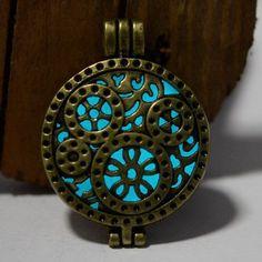 Steampunk Noctilucent Glow Necklace