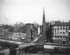 Gruenstraßenbruecke ueber den Spreekanal.. Gruenstraße und Petrikirche.. 1903