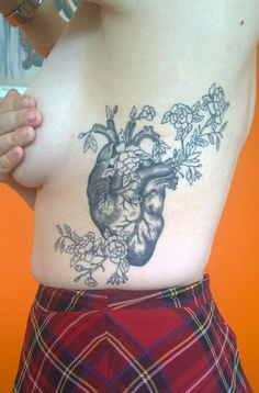 Chloe DeBoo - Feminine Floral Anatomical Heart Tattoo