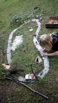 25 + › Kinder im Garten, Idee zum Spielen – Kimberly Abrams Children in the Garden, Idea to Play – Kimberly Abrams Zone Verte, Outdoor Play Areas, Maila, Diy Projects For Beginners, Real Plants, Fun Hobbies, Outdoor Gardens, Indoor Outdoor, Amazing Gardens