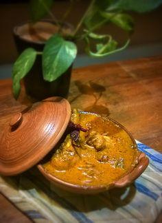 Kori Gassi (Mangalorian Chicken Curry)