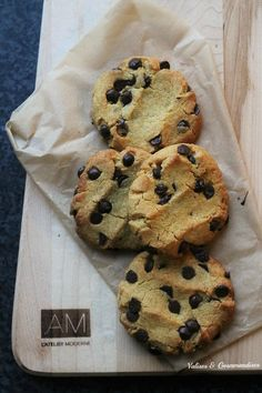 Chickpea flour chocolate chip cookies: vegan, gluten free and grain free Cookies Light, No Flour Cookies, Biscuit Cookies, Biscuit Vegan, Vegan Biscuits, Desserts Végétaliens, Desserts With Biscuits, Gluten Free Pastry, Gluten Free Cookies