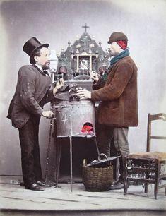 Giorgio Sommer (Francoforte sul Meno, 1834 – Napoli, 1914):  Venditore Caldarroste, 1875.