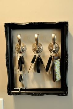 Old Frame Key Hook Holder