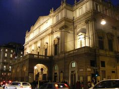 Passed by it every day on the way to work...Teatro Alla Scala Milano, Italy