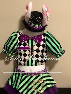 Custom costume Alice in Wonderland Rabbit