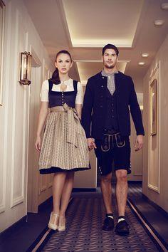 CocoVero HW 15 bei LIMBERRY Fashion Art, Womens Fashion, Fashion Design, Fashion Trends, Oktoberfest Costume, Flattering Dresses, Fashion Couple, Lovely Dresses, Traditional Outfits