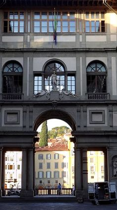 Italie : Florence -  la Galerie des Offices                                                                                                                                                                                 Plus