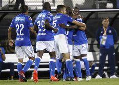 ¡Noche azul! Millonarios hizo la tarea y se clasificó a las finales de la Liga El conjunto embajador derrotó 2-0 a Patriotas de Boyacá en el estadio El Campín.