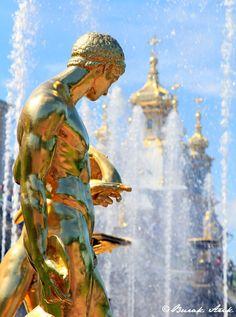 Grand Cascade, Peterhof Palace, St. Petersburg Russia