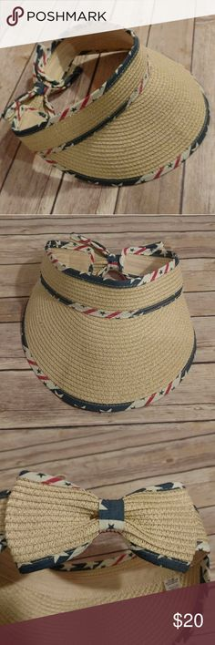 """Visor, Patriotic summer visor Perfect for thr beach, boating, and summer outings! Protect from the sun and look great! Excellent for the 4th of July, Memorial Day, and other festive holidays. Velcro back closure. 7"""" diameter.  New without tags ( NWOT ). Brand new; not worn, only tried on and never needed. My loss is your gain! Accessories Hats"""