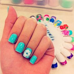 3 D flower & baby blue nail