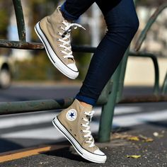 Converse All Star, Mode Converse, Outfits With Converse, Converse Sneakers, Sneakers Fashion, Fashion Shoes, Converse Shoes Outfit, Cute Shoes, Me Too Shoes