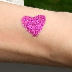 Create your own glitter tattoo kit at home! Fun, cheap, easy + a GREAT birthday party present or activity!
