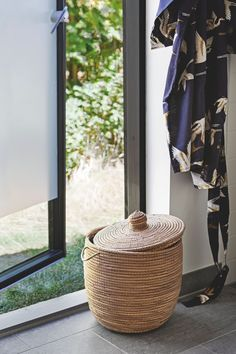 〚 Small and so cozy: modern summer cottage in Denmark 〛 ◾ Photos ◾Ideas◾ Design Basket, Cottage, Simple, Modern, Inspiration, Home Decor, Denmark, Tiny House, Woodland
