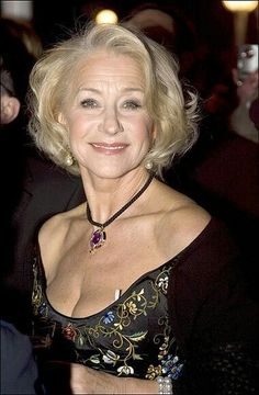 Mom and I looked forward to going to conventions together knowing we would be sleeping together nude in the hotel rooms we booked each time we were at a trade event. Helen Mirren, Beautiful Old Woman, Gorgeous Women, Beautiful Celebrities, Beautiful Actresses, Stylish Older Women, Divas, Long Gray Hair, Grey Hair
