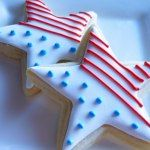 Patriotic star cookies (with instructions). cookie decorating with step-by-step tutorials. Star Cookies, Fancy Cookies, Cut Out Cookies, Iced Cookies, Cute Cookies, Royal Icing Cookies, Cookies Et Biscuits, Cupcake Cookies, Cookie Frosting