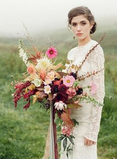 58 Fine Art Fall Wedding Bouquets | HappyWedd.com