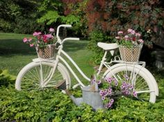 Great Idea, Recycle an old bicycle for use as a stand for flower containers in your garden - #DIYGardenIdeas