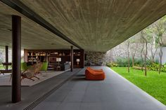 Gallery of V4 house / Studio mk27 - Marcio Kogan + Renata Furlanetto - 9