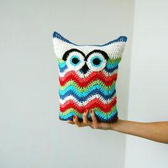 Owl chevron zig zag toy pillow Crochet pattern by Accessorise