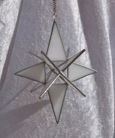 North star, Marsala, 12 point star, 3D, stained glass star, Moravian star, glass star, Christmas star, Christmas decoration, suncatcher It measures approximately 18.5cm (7.3) by 13.5cm (5.3) The star hangs from a silver coloured chain. I can make these Moravian stars in an array of