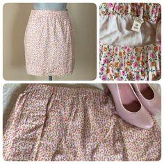 J. Crew Floral Skirt  J. Crew skirt, Sz Medium. Has an elastic waist & 2 on-seam pockets (still sewn shut:) & lined. Great w flats or heels. Worn a couple times  ❌trades J. Crew Skirts