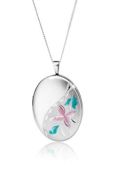 Silver Locket Pendant With Free Chain *Prices Valid Until 25 Dec 2013 Silver Lockets, Gold Diamond Rings, Beautiful Bride, Fine Jewelry, Pendant Necklace, Chain, Earrings, Christmas, Free