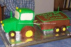 Homemade Green Tractor and Trailer Cake: My 2 year old son loved tractors (still does). It was his first word besides mom and dad. So a tractor cake it was for his birthday! Homemade Birthday Cakes, Cool Birthday Cakes, Homemade Cakes, Diy Birthday, Birthday Ideas, Tractor Birthday, Baby Boy Birthday, Boy Birthday Parties, Paul Cakes