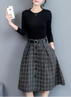 Ideas for skirt pattern with pockets simple skirt courte cuir en jean longue fashion indian outfits outfits summer style Modest Outfits, Modest Fashion, Trendy Outfits, Fashion Dresses, Cute Outfits, A Line Skirt Outfits, Black Women Fashion, Womens Fashion, Steampunk Fashion
