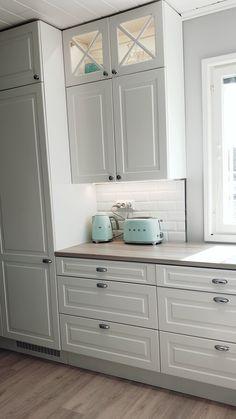 Smeg Kitchen, Green Kitchen Cabinets, Kitchen Reno, Kitchen Interior, Kitchen Design, Pastel Kitchen, Kitchen Things, Sweet Home, New Homes
