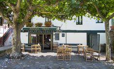 Bar en el Puerto Viejo de Algorta