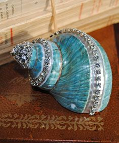 shell with bling, centerpiece idea