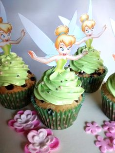 Cupcakes tinkerbell                                                                                                                                                                                 More