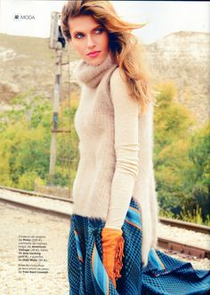 Odd Molly gloves with fringes in AR Spain, September 2014