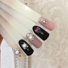 Swarovski Nails, Crystal Nails, Rhinestone Nails, Nail Crystal Designs, Nail Art Designs, Nail Swag, Wedding Manicure, Fashion Background, Diamond Nails